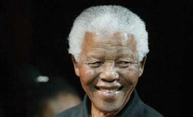 Ex-presidente-sudafricano-Mandela,-hospitalizado-por-examenes