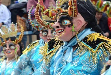 Oruro-hace-gala-de-sus-tradiciones