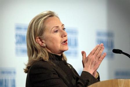 Hillary-Clinton-a-Tunez-para-la-conferencia-sobre-la-crisis-en-Siria