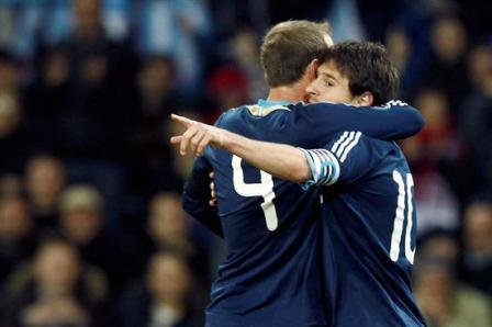 Argentina-gana-a-Suiza-tres-goles-de-Messi