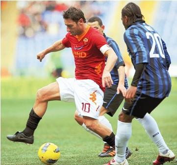 Roma-golea-al-Inter-4-0-en-el-Olimpico