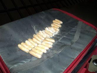 Boliviana-embarazada-es-detenida-transportando-24-capsulas-de-droga-