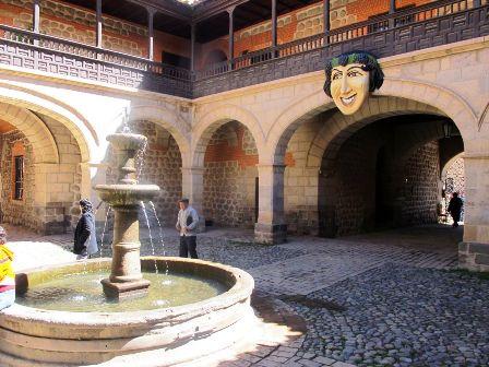 Bolivia-pide-a-Espana-la-parte-del-tesoro-del-Odyssey-acunado-en-Potosi
