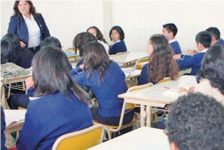 Capacitacion-a-maestros-se-inicia-el-15-de-abril-