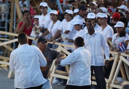 Denuncian-que-150-disidentes-han-sido-detenidos-durante-visita-papal-a-Cuba