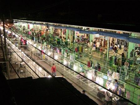 Ferias Bolivianas Marcan Tendencia En Buenos Aires