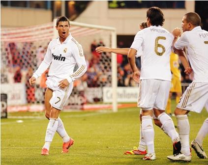 Cristiano-llega-a-los-13--hat-trick--en-Real-Madrid