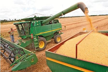 Aduana-anuncia-nacionalizacion-de-maquinaria-agricola