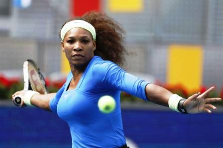 Serena-abre-la-jornada-con-victoria-y-se-siente-una-estrella-del-rock