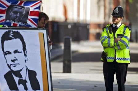 Assange-pide-revision-de-su-recurso-contra-la-extradicion