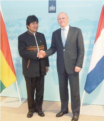 Evo-Morales-visita-corte-internacional-de-La-Haya-