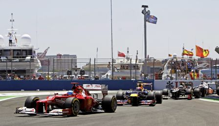 Presidente-de-Ferrari,-a-los-pies-de-Alonso