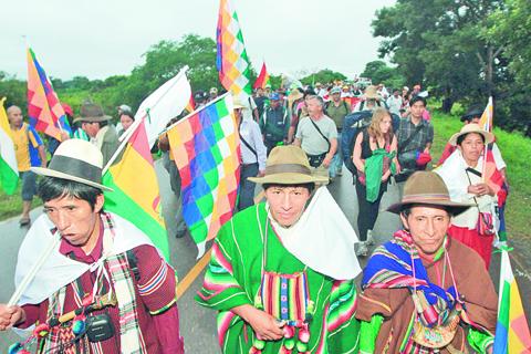 Indigenas-del-Tipnis--piden-dialogo-con-Evo