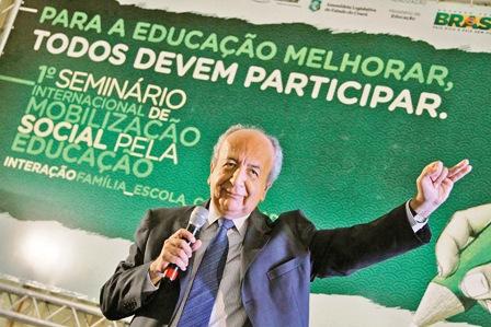 -La-educacion-contribuye-a-la-fractura-social-