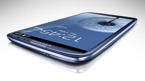 Galaxy-III---rival-del-IPhone