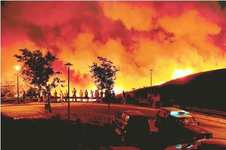 Devastador-incendio-sin-control-causa-3-muertes