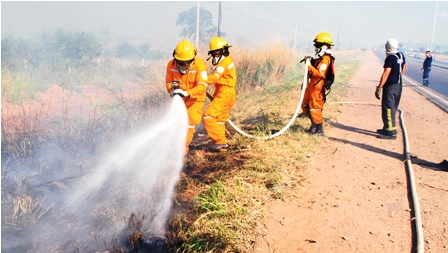 Quema-de-pastizales-deriva-en-incendio-de-15-hectareas