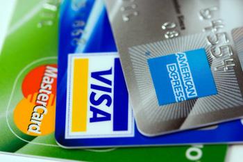 Bancos-deben-emitir-tarjetas-de-debito-y-credito-con-microchip-desde-octubre