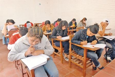 El-examen--de-admision
