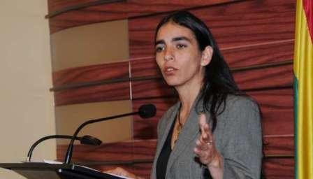 Presidenta-del-Senado-pide-a-paises-vecinos-pronunciarse-ante-posible-amenaza-chilena