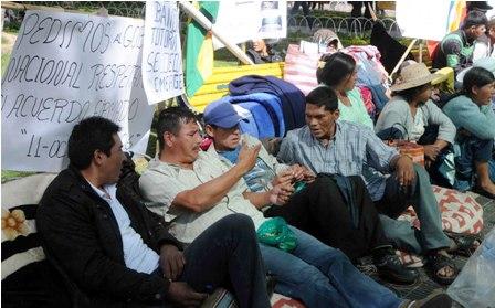 Enfrentamiento-entre-erradicadores-y-cocaleros-deja-cinco-heridos