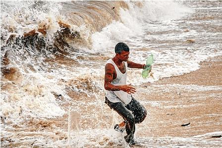 Cuba-se-recupera-tras-el-paso-del-huracan-Isaac