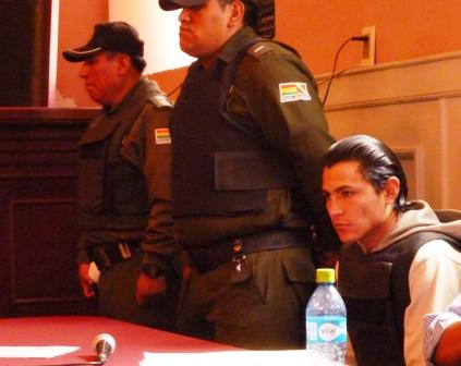 Condenan-a-30-anos-de-carcel-al-asesino-de-joven-en-la-importadora-Fremar-