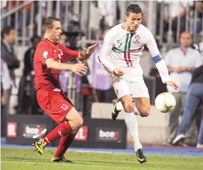 Portugal-avanza-gracias-a-gol-de-Cristiano-Ronaldo