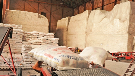 El-sector-azucarero-exige-la-apertura-para-exportacion