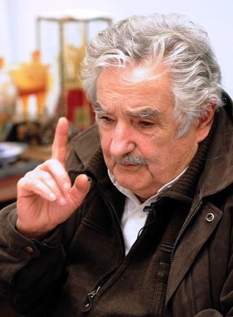 Uruguay-ofrece-puerto-a-bolivia-para-exportar-gas