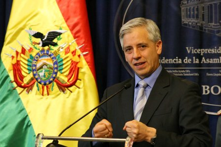 Garcia-Linera-pide-investigar-a-funcionarios-de-EEUU-que-extorsionaban-a-fiscales