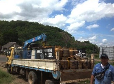 ANH-decomisa-4.200-litros-de-combustible-en-Santa-Cruz