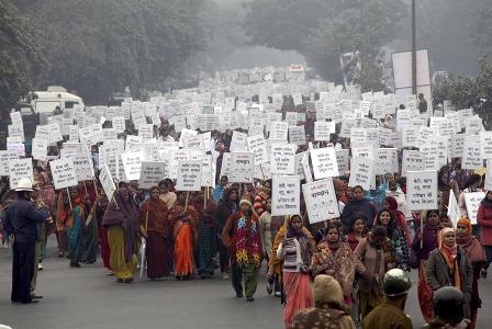 Piden-pena-de-muerte-para-violadores-en-India