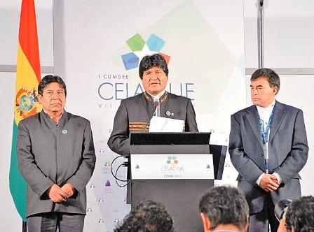 Evo-Morales-condiciona-apoyo-a-cambio-de-mar