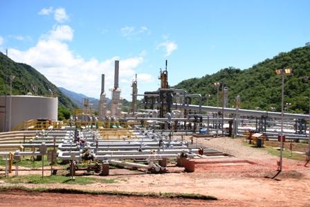 948-Industrias-de-8-ciudades-operan-con-gas-natural