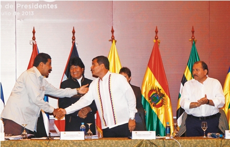 Hoy-se-reune-Morales-con-Maduro-y-Correa