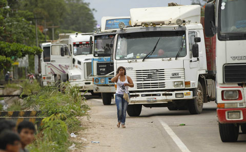 Gobierno-quiere-evitar-paro-del-transporte-pesado,-convoca-a-dialogo