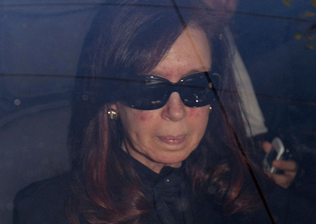 Cristina-Fernandez-es-operada-en-estos-momentos-para-extraerle-hematoma-de-cabeza