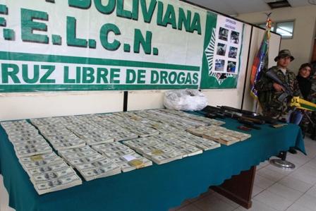 Paraguay-pide-investigar-origen-de-un-millon-de-dolares-incautado-en-Bolivia
