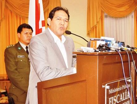 Senadora-anuncia-proceso-contra-el-Fiscal-General