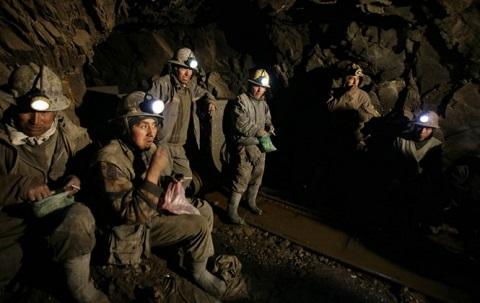 Investigadores-advierten-sobre-peligros-para-la-mineria-boliviana