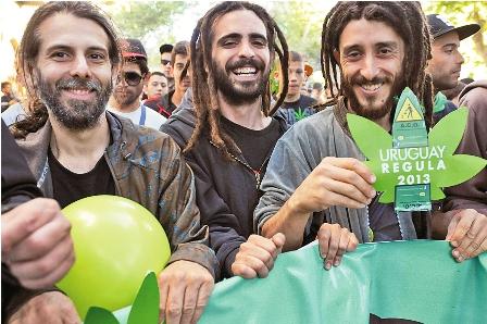 Uruguay-legaliza-la-venta-de-marihuana