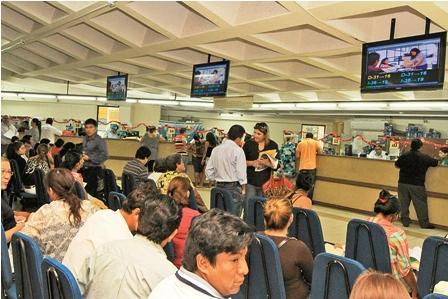 Plataforma-colapsa-por-los-permisos-de-viajes-de-ninos