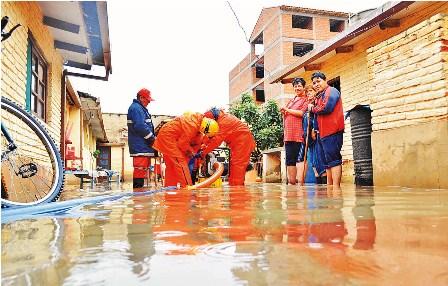 Lluvias:-enfermedades-azotan-a-dos-ciudades