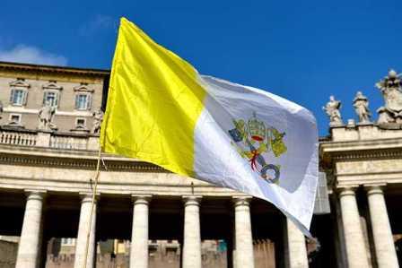 Vaticano-rechaza--calumnias--sobre-el--lobby-gay--denunciado-por-medios-italianos