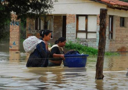 Unas-6-mil-familias-afectadas-por-las-lluvias-