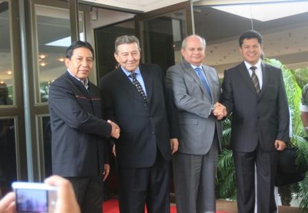 Cancilleres-y-ministros-Defensa-Bolivia-y-Peru-sostienen-reunion-en-Santa-Cruz