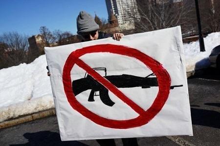 Alcalde-de-Nueva-York-invierte-12-millones-de-dolares-en-campana-contra-armas