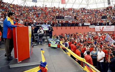Maduro-acusa-a-Capriles-de-provocar-violencia-en-campana-presidencial-venezolana