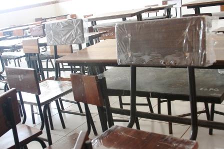 Alcald A Entrega Mobiliario Escolar